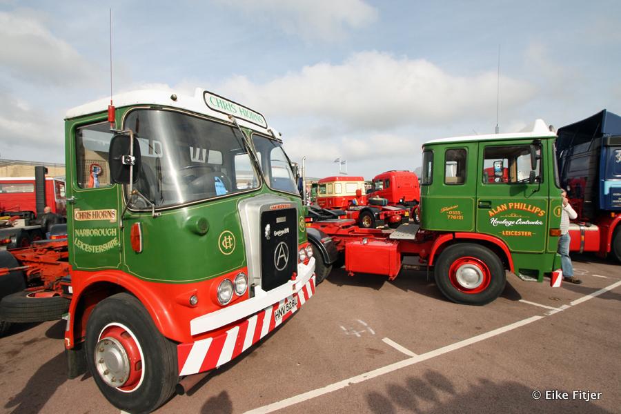 20141003-Retro-Truckshow-00070.jpg