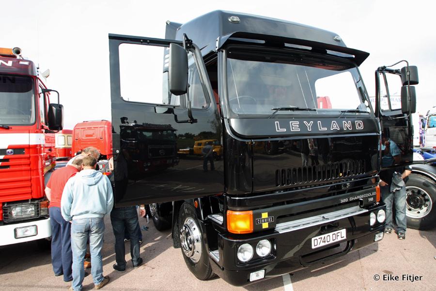 20141003-Retro-Truckshow-00075.jpg