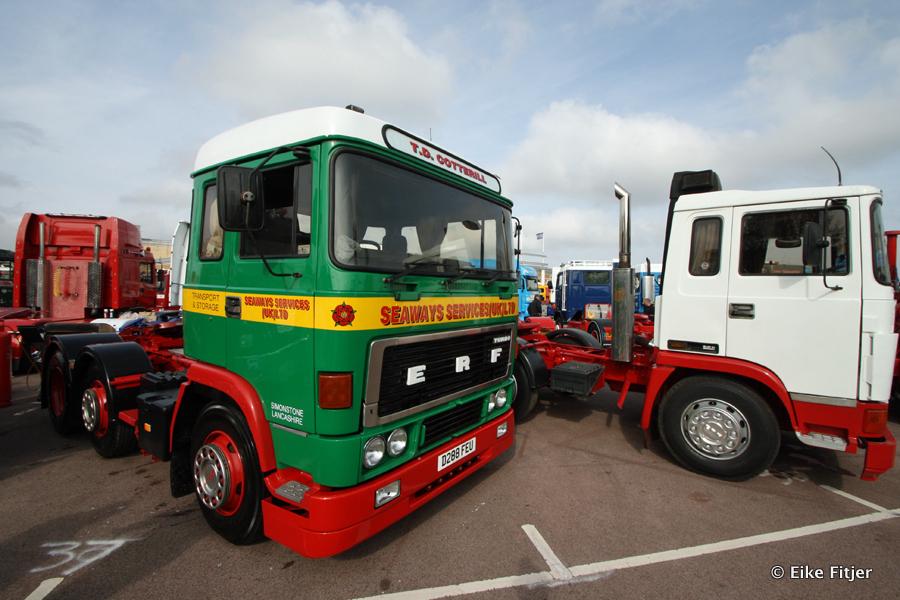 20141003-Retro-Truckshow-00077.jpg