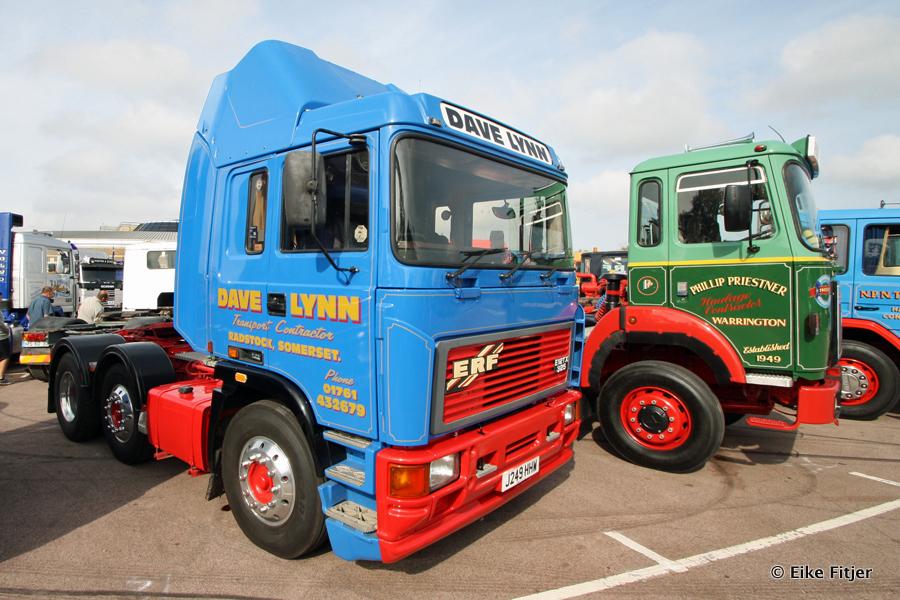 20141003-Retro-Truckshow-00084.jpg