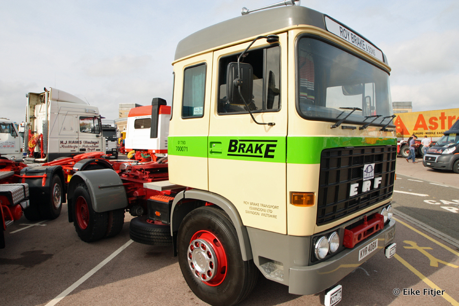 20141003-Retro-Truckshow-00088.jpg