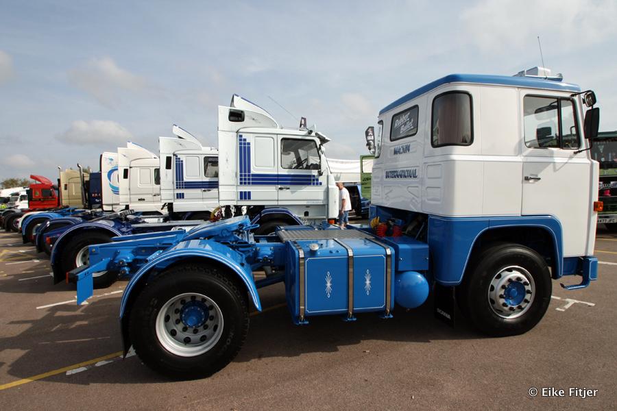 20141003-Retro-Truckshow-00091.jpg