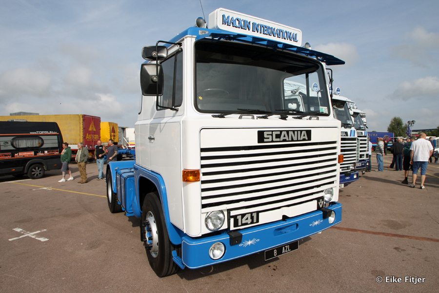 20141003-Retro-Truckshow-00092.jpg