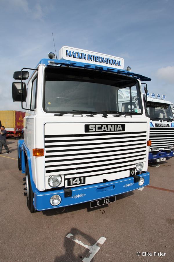 20141003-Retro-Truckshow-00093.jpg
