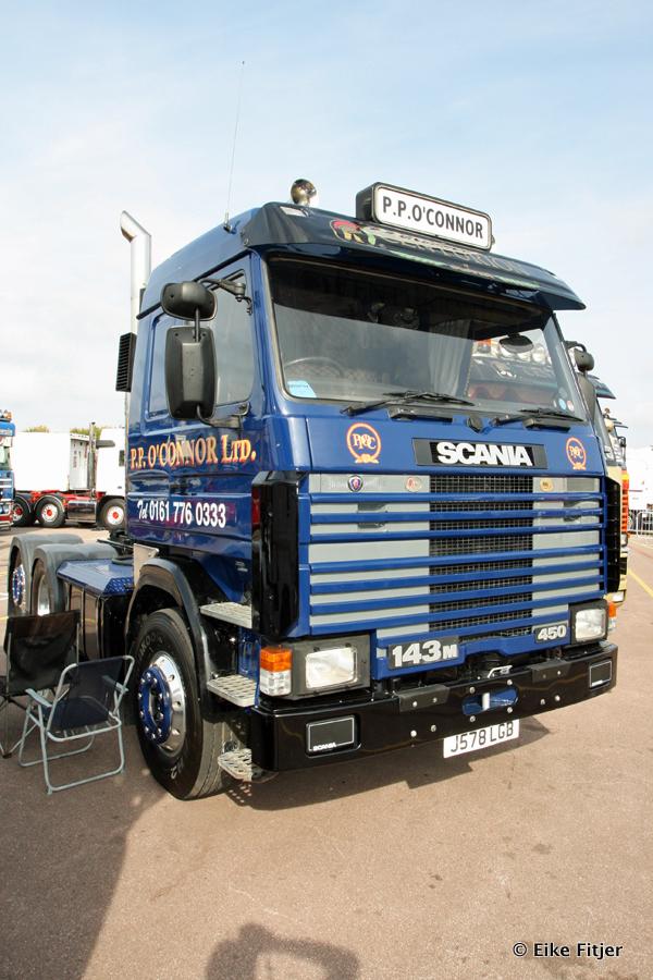 20141003-Retro-Truckshow-00100.jpg
