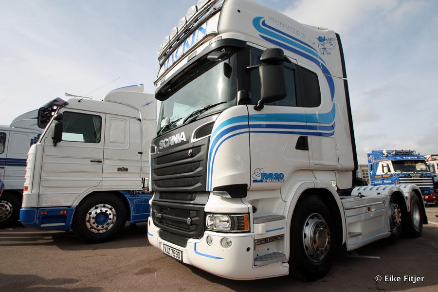 20141003-Retro-Truckshow-00101.jpg