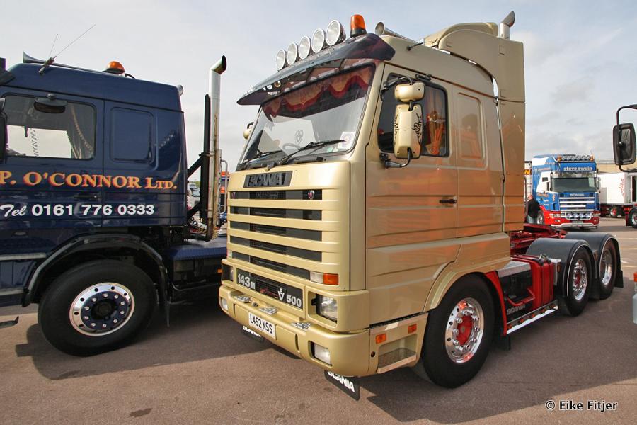 20141003-Retro-Truckshow-00103.jpg