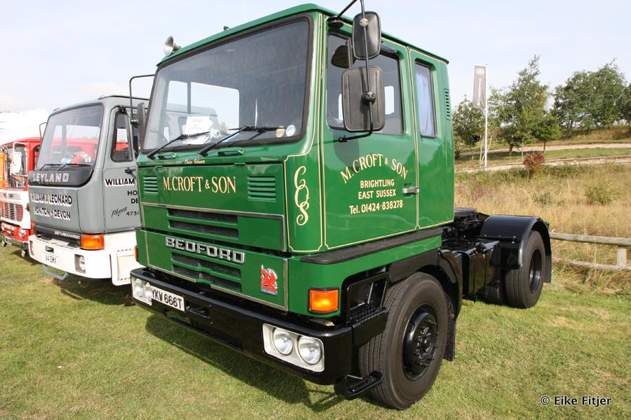 20141003-Retro-Truckshow-00119.jpg