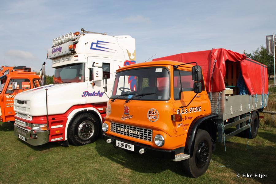 20141003-Retro-Truckshow-00120.jpg