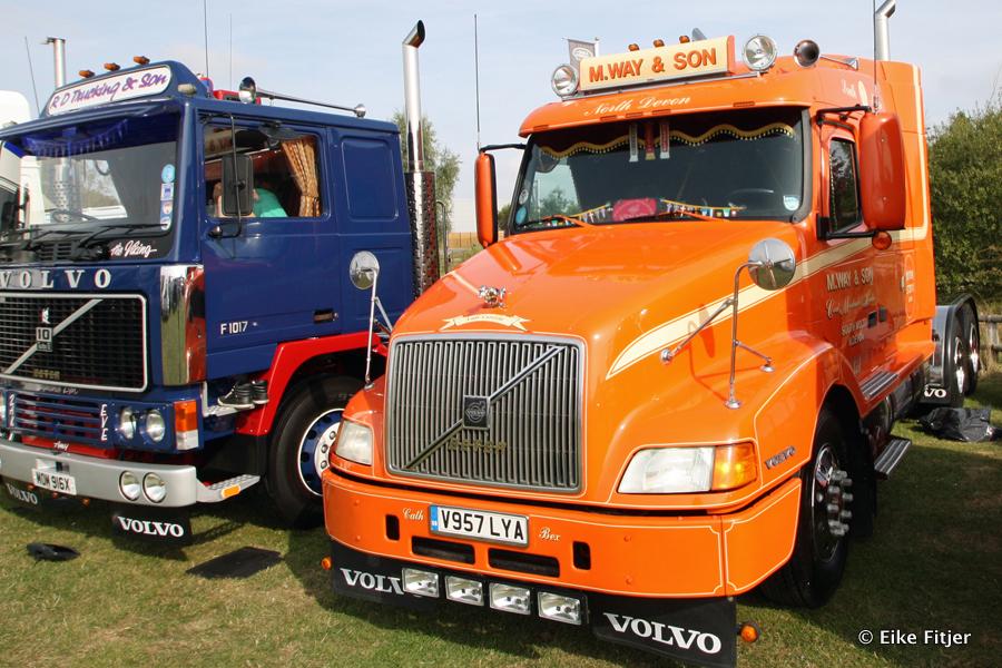 20141003-Retro-Truckshow-00126.jpg