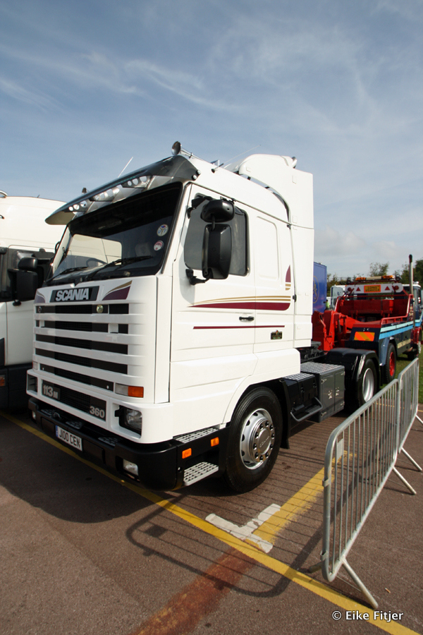 20141003-Retro-Truckshow-00136.jpg