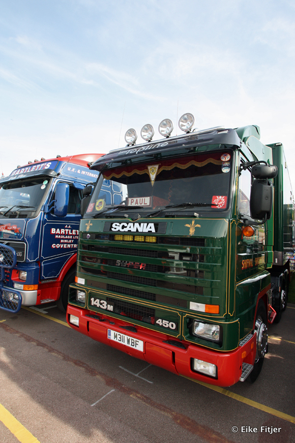 20141003-Retro-Truckshow-00137.jpg