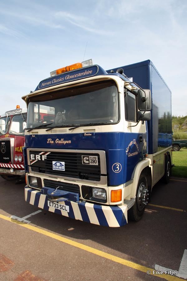 20141003-Retro-Truckshow-00143.jpg