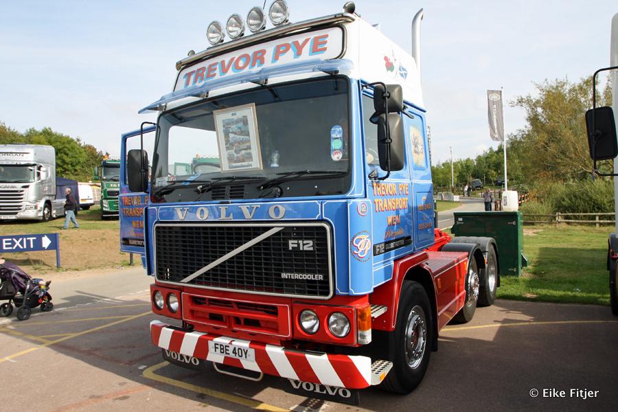 20141003-Retro-Truckshow-00148.jpg