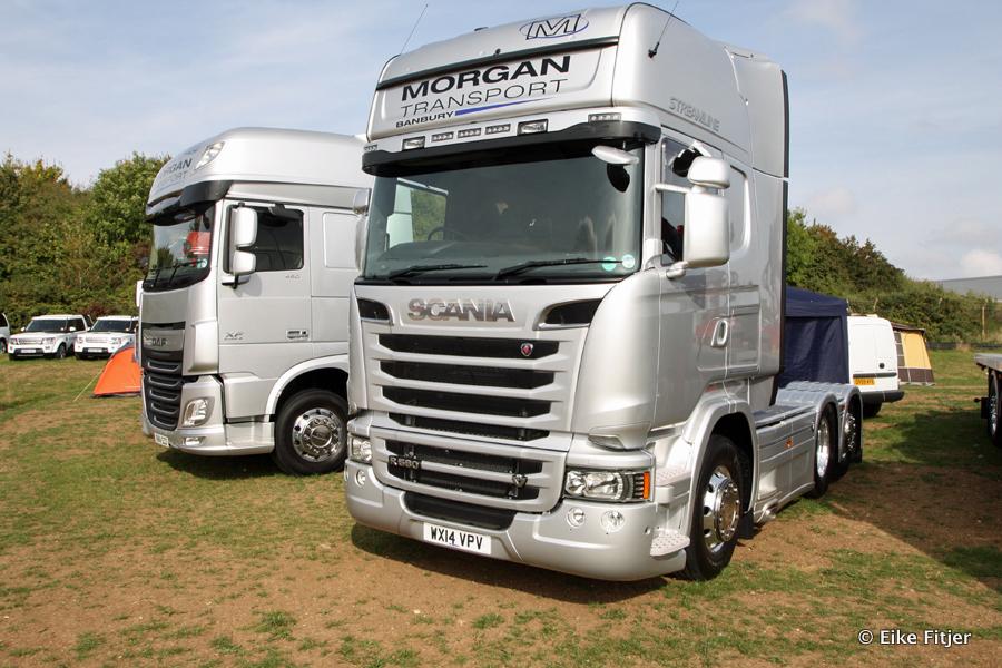 20141003-Retro-Truckshow-00156.jpg
