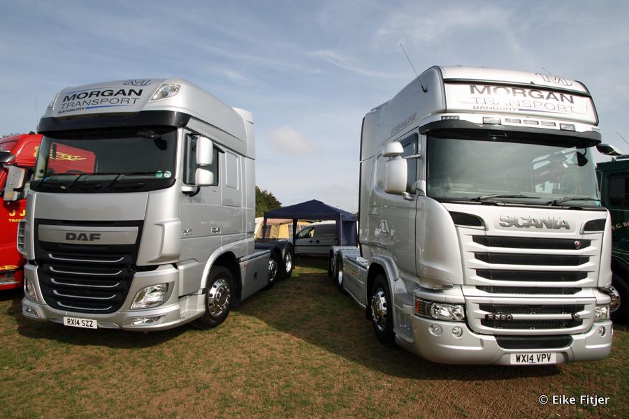 20141003-Retro-Truckshow-00158.jpg
