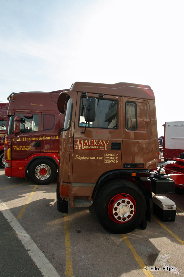 20141003-Retro-Truckshow-00171.jpg