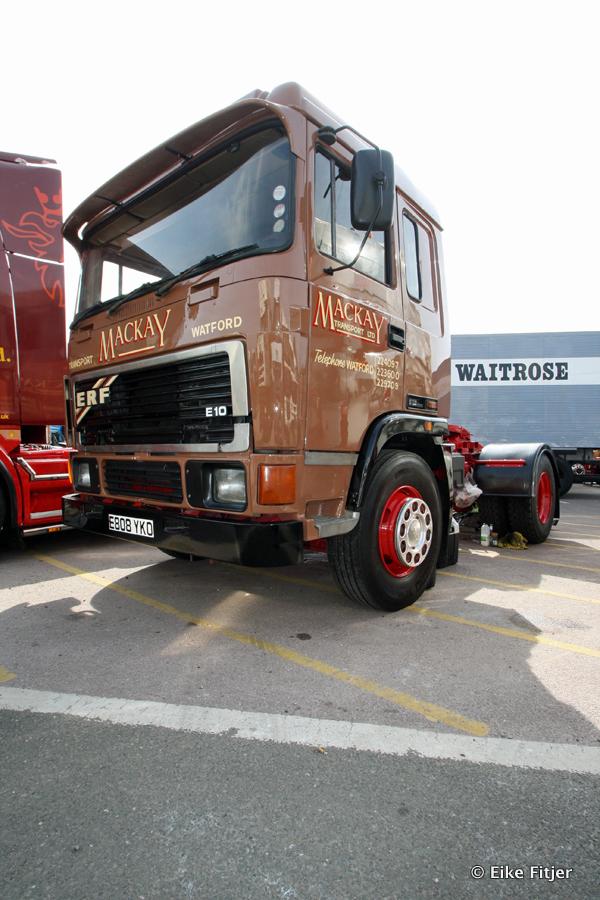 20141003-Retro-Truckshow-00172.jpg
