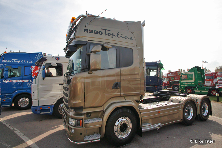 20141003-Retro-Truckshow-00185.jpg