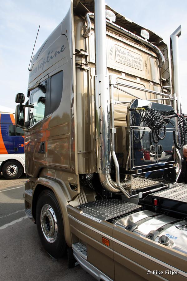 20141003-Retro-Truckshow-00188.jpg