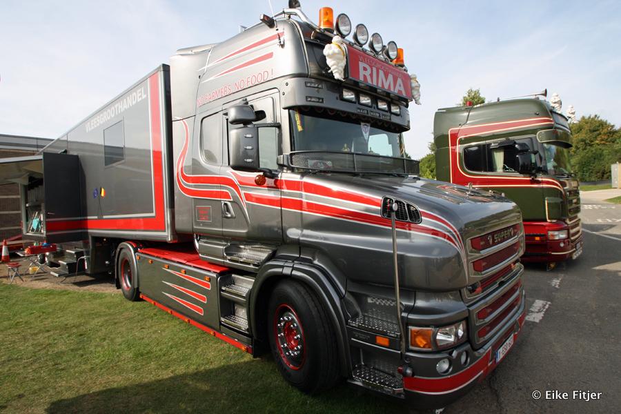 20141003-Retro-Truckshow-00190.jpg