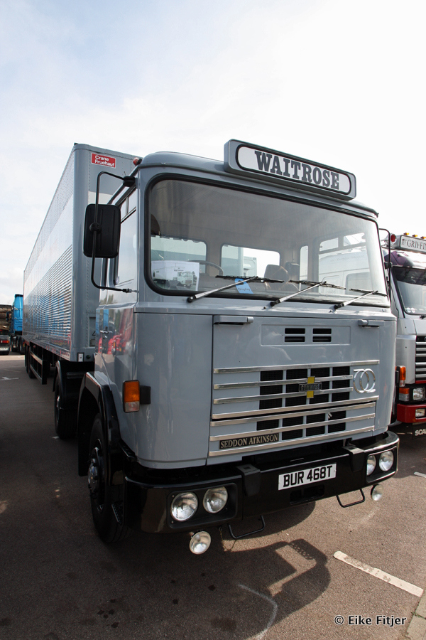20141003-Retro-Truckshow-00205.jpg