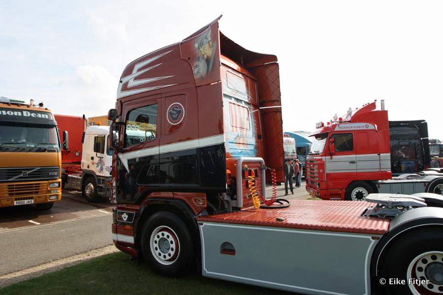 20141003-Retro-Truckshow-00212.jpg