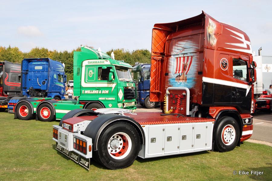 20141003-Retro-Truckshow-00213.jpg