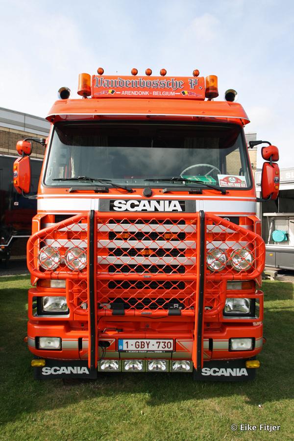 20141003-Retro-Truckshow-00217.jpg