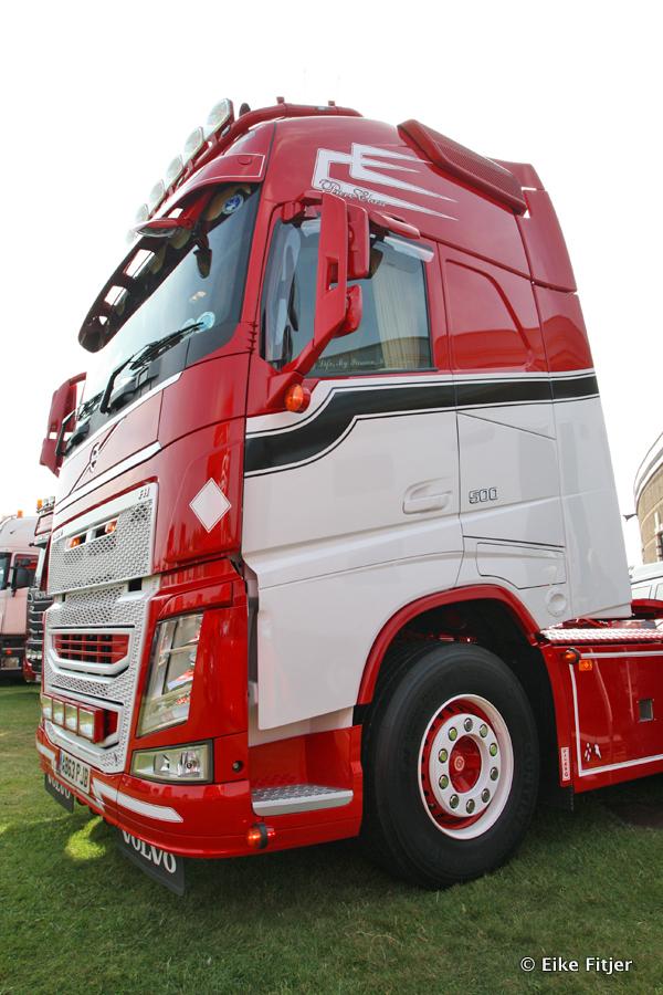20141003-Retro-Truckshow-00227.jpg
