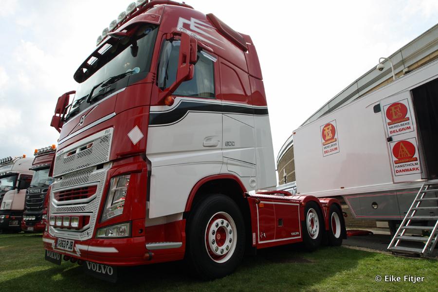 20141003-Retro-Truckshow-00235.jpg