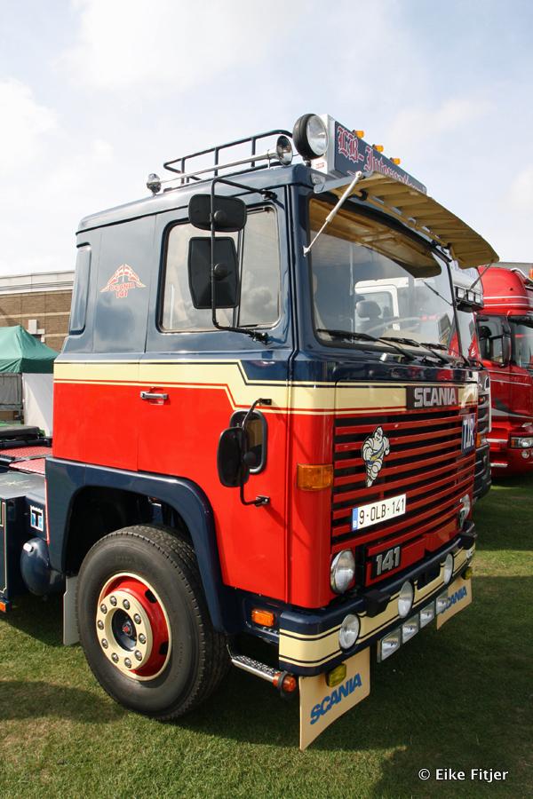 20141003-Retro-Truckshow-00250.jpg