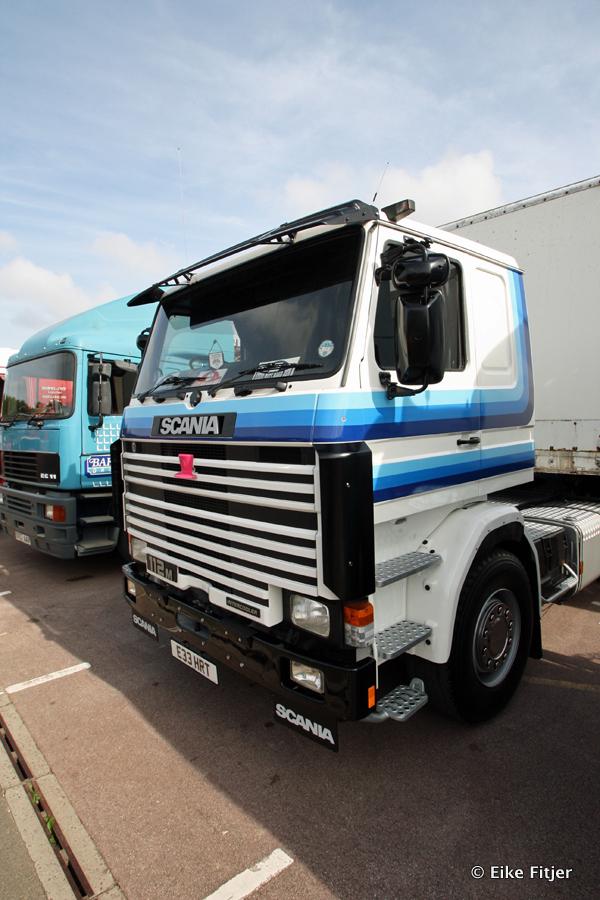 20141003-Retro-Truckshow-00257.jpg