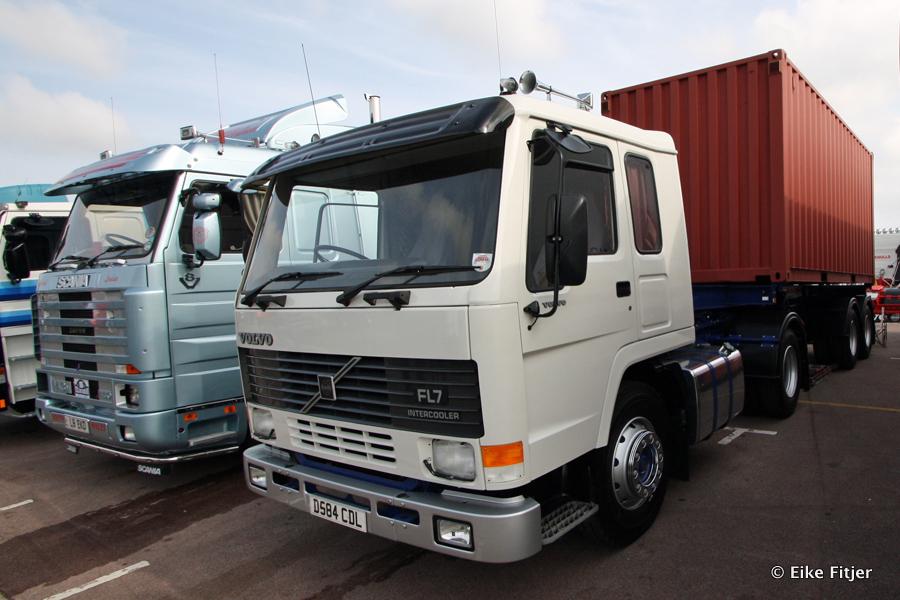 20141003-Retro-Truckshow-00259.jpg