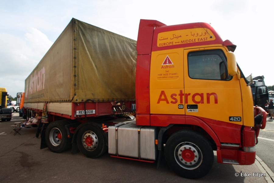 20141003-Retro-Truckshow-00283.jpg