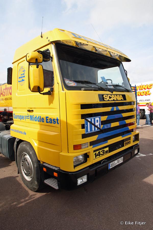 20141003-Retro-Truckshow-00302.jpg