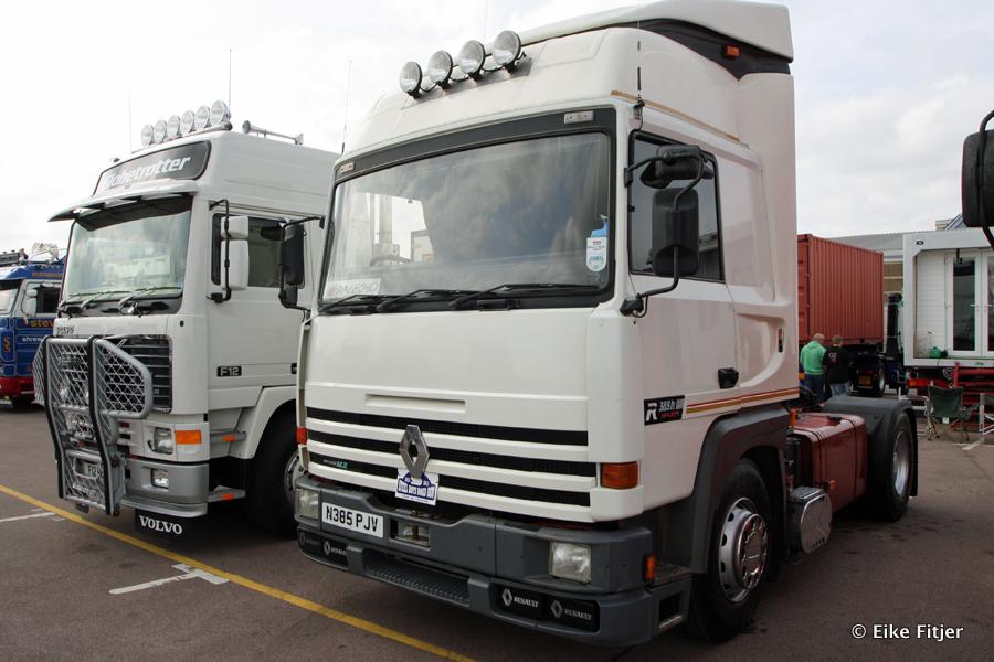20141003-Retro-Truckshow-00310.jpg