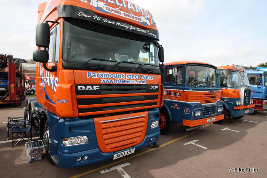 20141003-Retro-Truckshow-00313.jpg