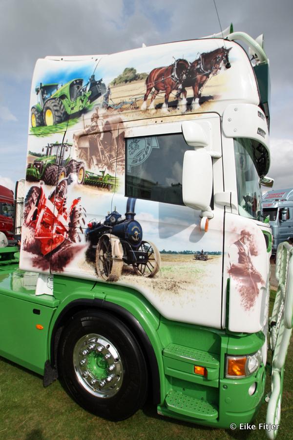 20141003-Retro-Truckshow-00324.jpg