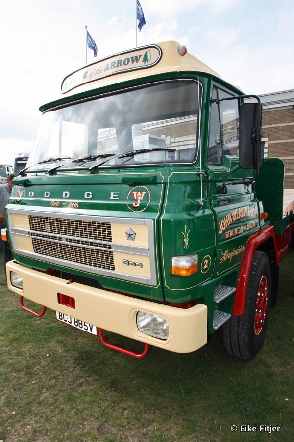 20141003-Retro-Truckshow-00328.jpg
