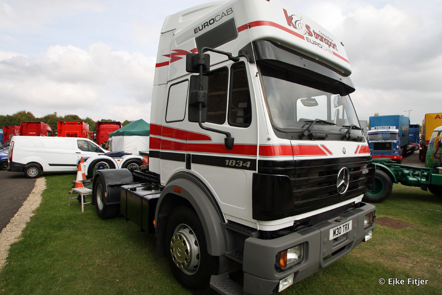 20141003-Retro-Truckshow-00335.jpg