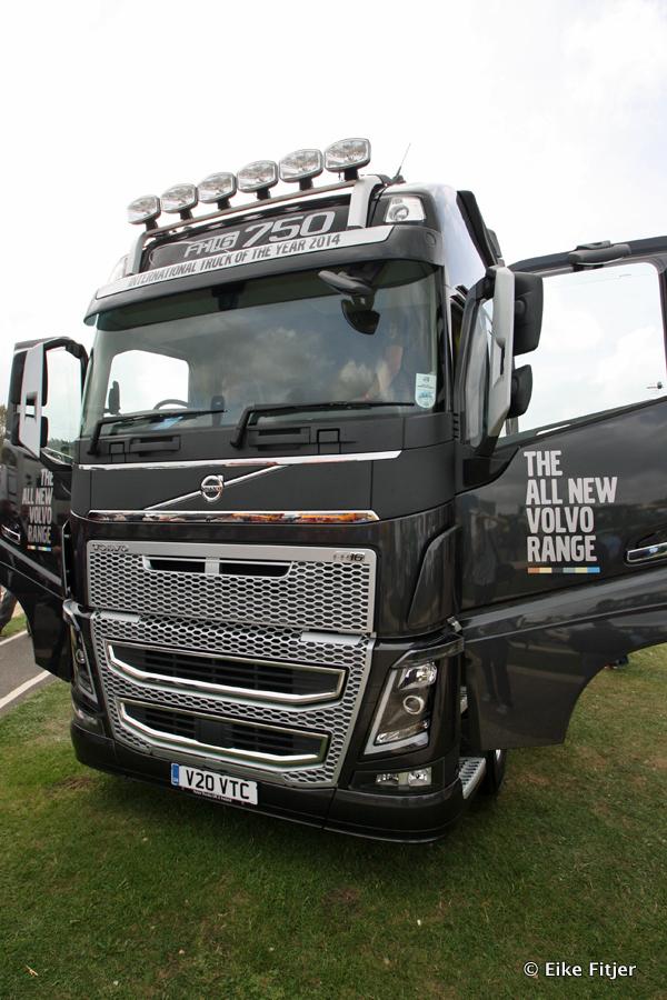 20141003-Retro-Truckshow-00337.jpg