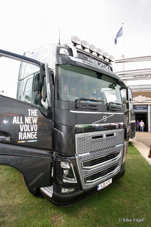 20141003-Retro-Truckshow-00338.jpg