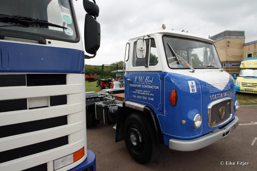 20141003-Retro-Truckshow-00375.jpg