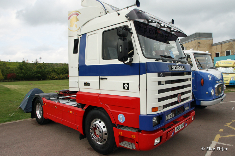 20141003-Retro-Truckshow-00376.jpg