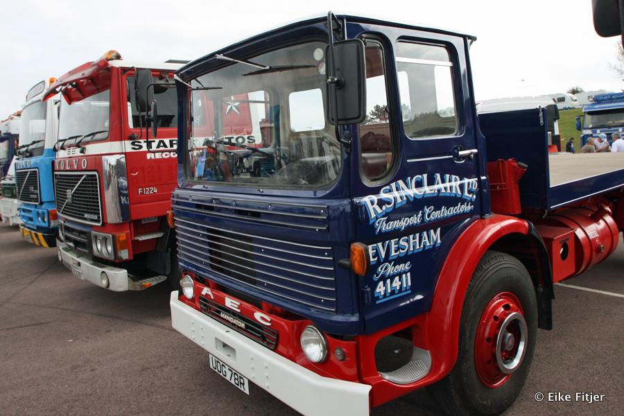20141003-Retro-Truckshow-00383.jpg