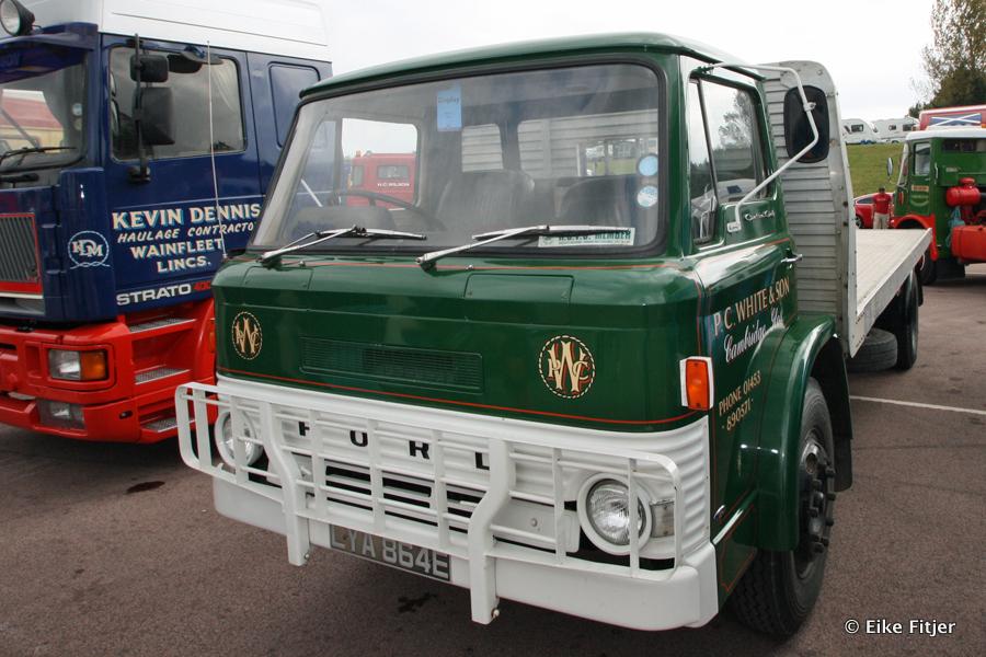 20141003-Retro-Truckshow-00385.jpg
