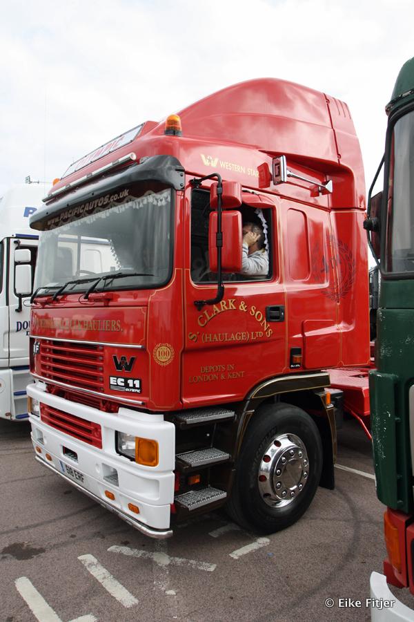 20141003-Retro-Truckshow-00390.jpg