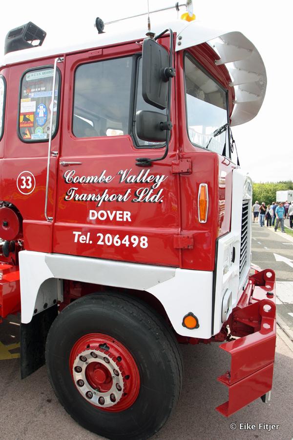20141003-Retro-Truckshow-00429.jpg