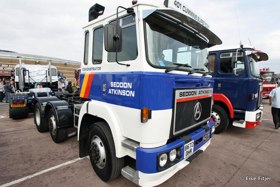 20141003-Retro-Truckshow-00447.jpg